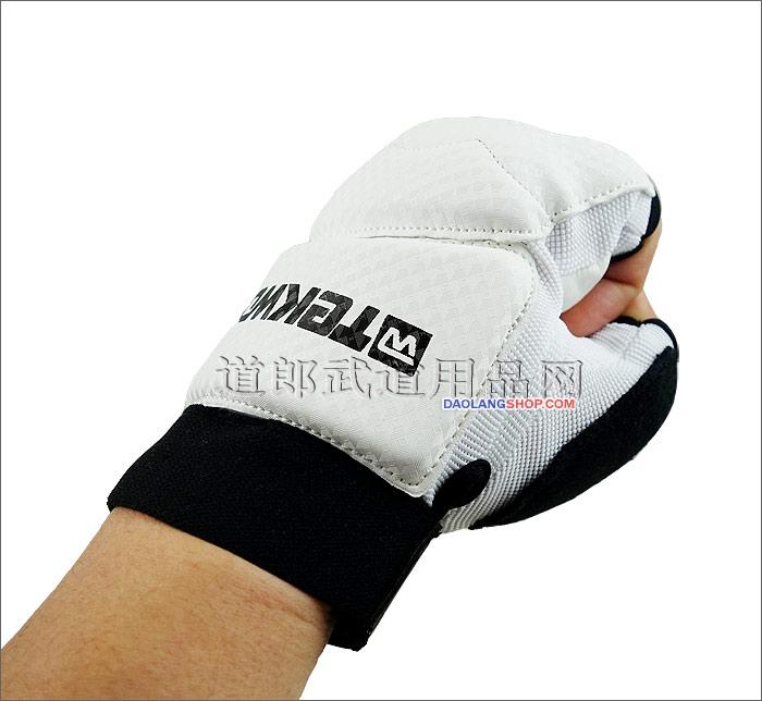 http://pic.daolangshop.com/TEKWOO/protectgolve/golve/twhandp003.jpg