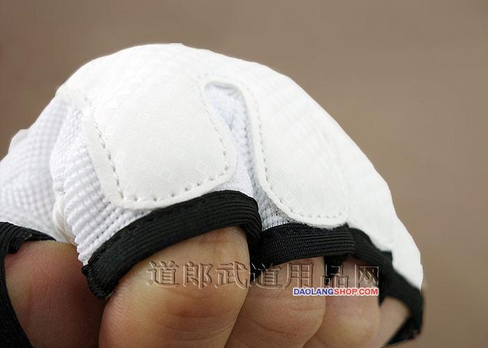 http://pic.daolangshop.com/TEKWOO/protectgolve/golve/twhandp011.jpg