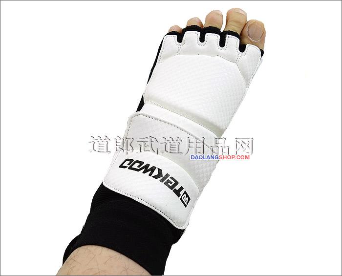 http://pic.daolangshop.com/TEKWOO/protectgolve/socks/twfootp10.jpg